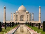 The Top 7 Experiences You Can Have in India with Luxury Gold