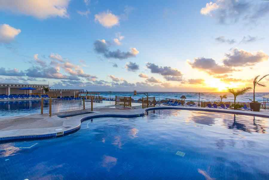 Seadust Cancun family resort news for travel agents