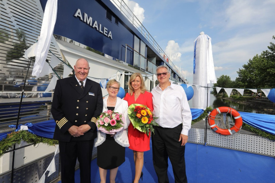 Travel Agent News Review of AmaLea Ship