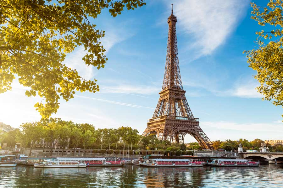 Travel Agent News for Paris Travel Insurance from Squaremouth