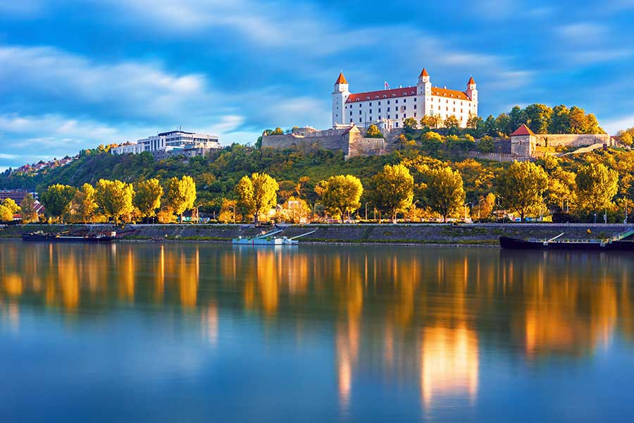 European River Cruises >> Riviera River Cruises Offers Shipboard Credit On Select