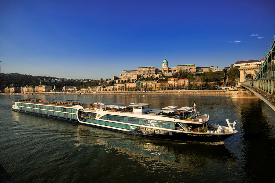 The Danube: A River All Cruisers Can Bank On (+ 5 Perfect Getaways for Different Types of Travelers)