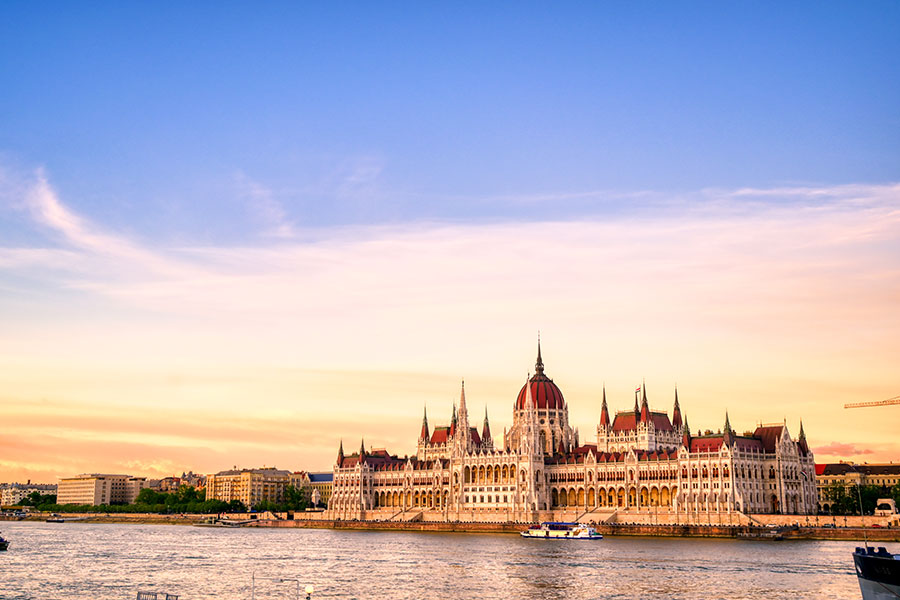 Riviera River Cruises Launches New Christmas, New Year's Cruises on Danube, Rhine