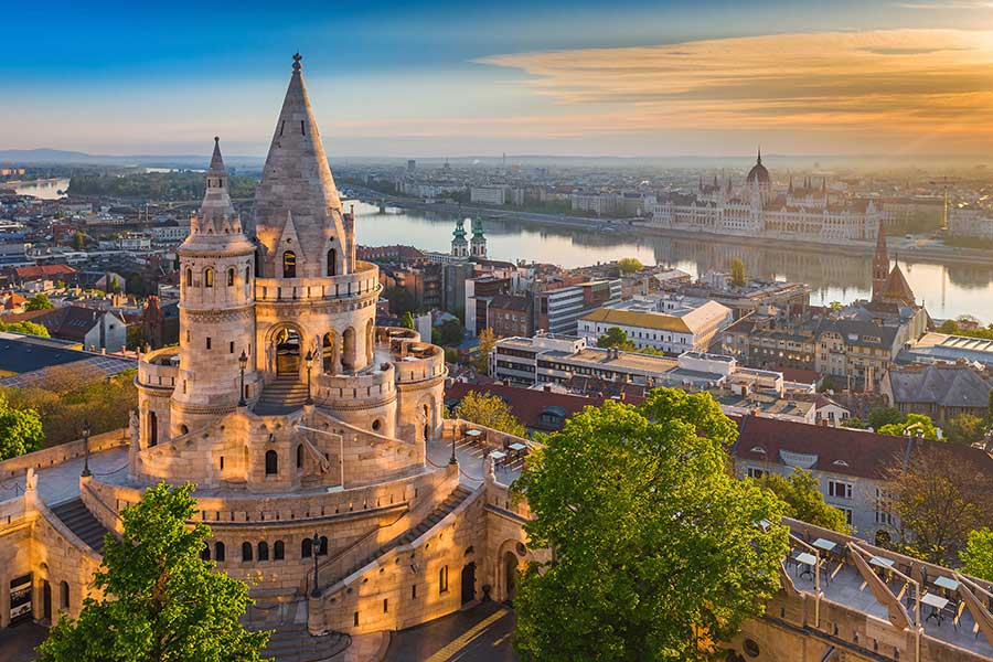 AmaWaterways Extends Suspension of River Cruise Season Through July 31, 2020