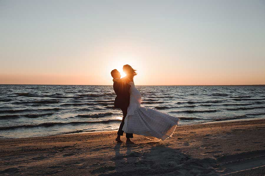 The Jamaica Tourist Board Launches 'No Wedding, No Cry' Jamaica Honeymoon Sweepstakes