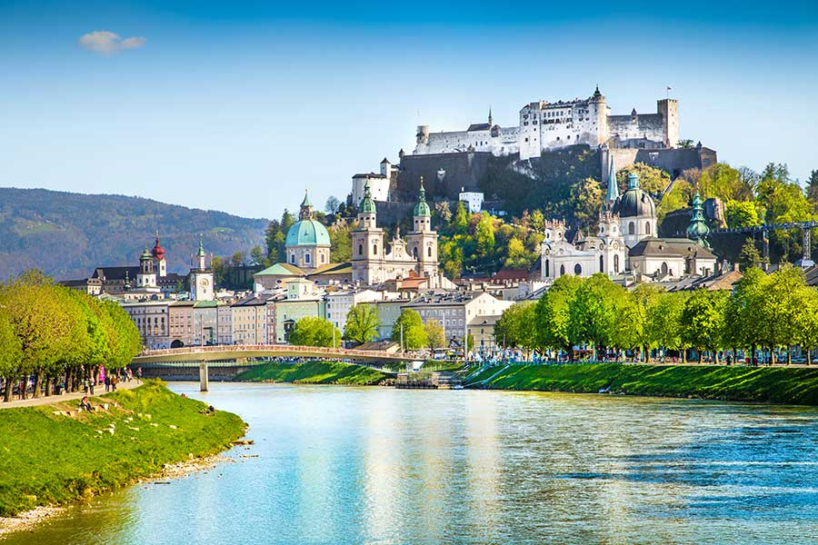 Riviera River Cruises Offers Group Booking Incentive for June