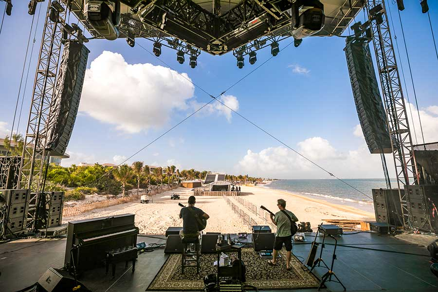 Dave Matthews And Tim Reynolds Return To Riviera Maya, Mexico For Fifth Annual Destination Event on the Beach February 18-20, 2022 | Moon Palace Cancún