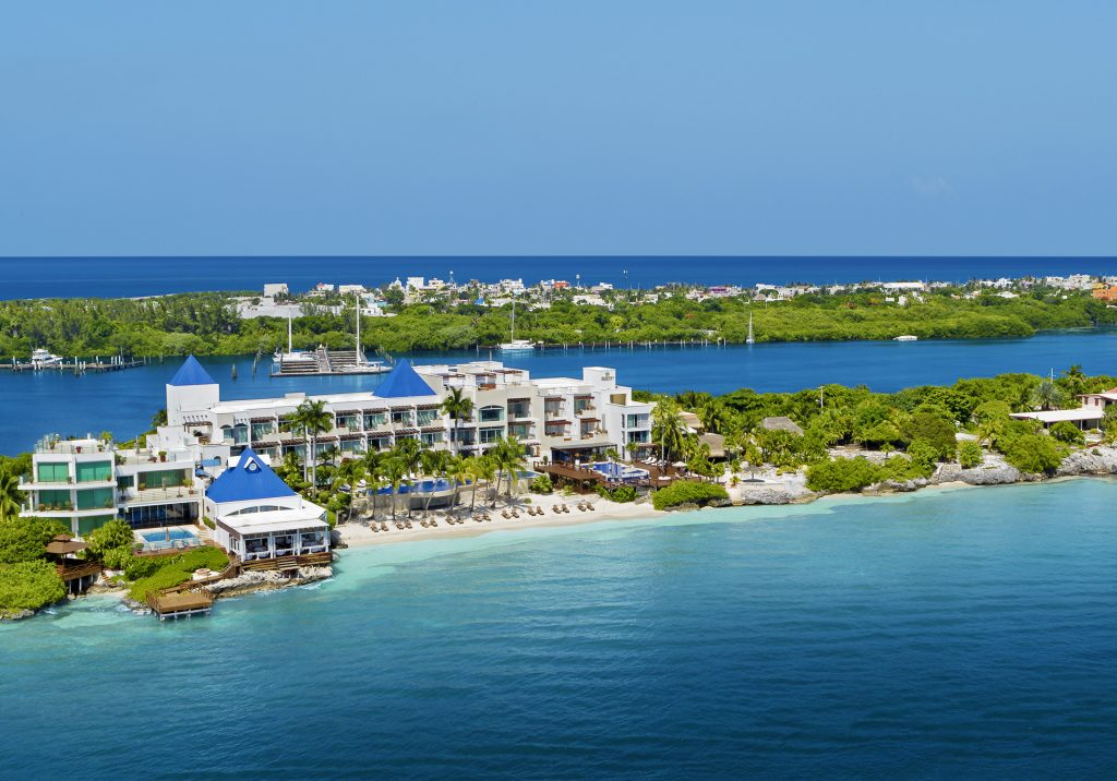 Ultimate All Inclusive Resorts - AM Resorts 8