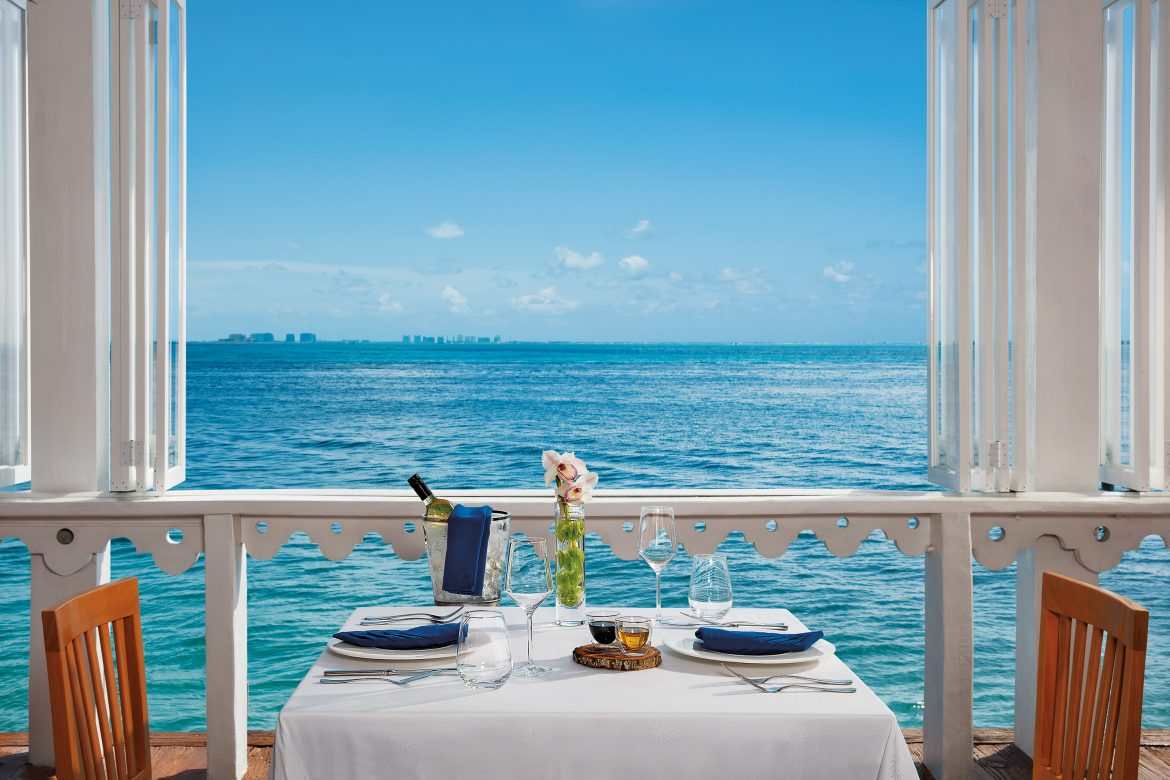 Ultimate All Inclusive Resorts - AM Resorts