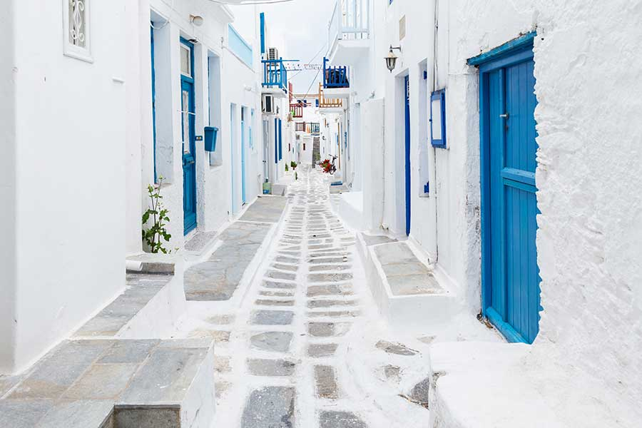 Central Holidays Showcases Fresh Romance and Honeymoon Travel Packages In Greece and Italy Catering to Newlyweds and Couples Ready to Get Back to Travel
