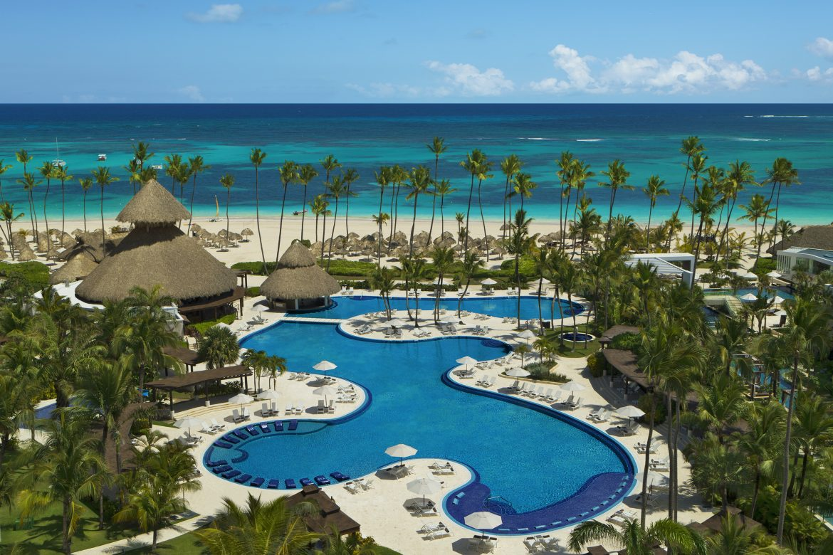 Ultimate All Inclusive – AM Resorts
